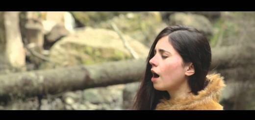 Entrevista & Cancionero: Javiera Mena – No te cuesta nada