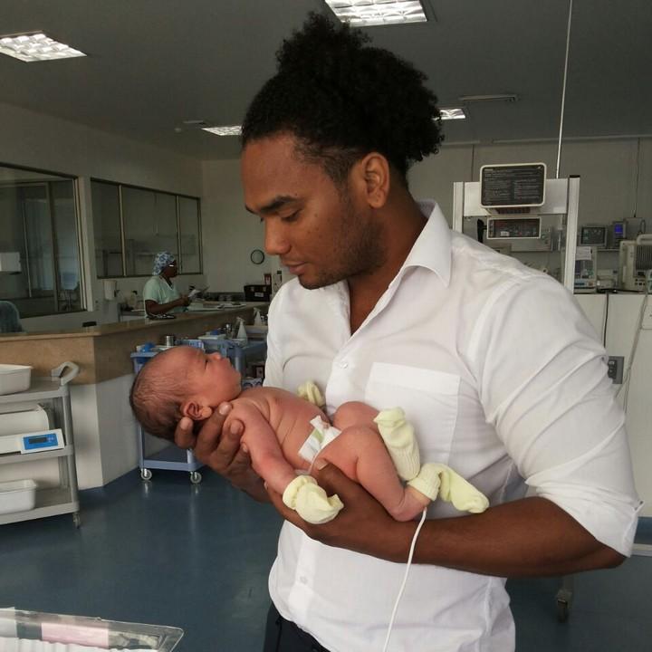 Hablando de esos primeros días de vida, ¡felicidades a Sham y a su hija recién nacida, Salomé!