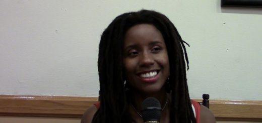 Mónica Carrillo: 'Mezclando la política con el arte'