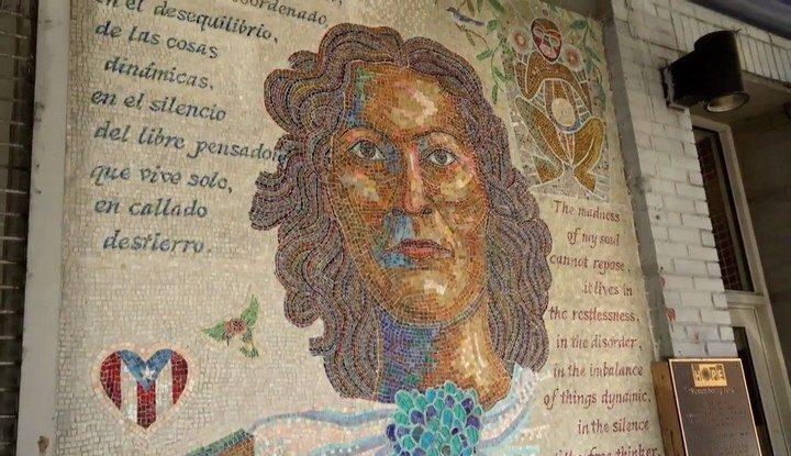 Remembering Julia (mosaico, Manny Vega)